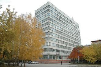 фасад здания НГТУ